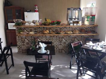 Hotel Pousada com Café da Manhã completo em Ubatuba São Paulo